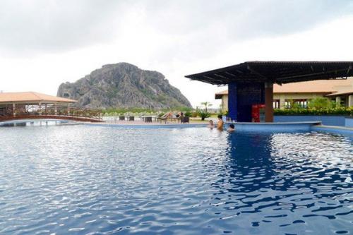 Conheça o Hotel Vale das Pedras, um verdadeiro oásis em Quixadá! 2 diárias em apartamento luxo para casal por R$180 (em até 12x*)