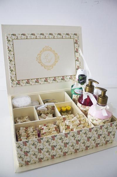 Caixas & Cia  Kit Banheiro Feminino Completo  fortaleza  Barato Coletivo -> Kit Banheiro Feminino