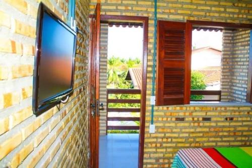 2 diárias para 2 pessoas + café da manhã em quarto com ventilador, de R$240 por R$159,90
