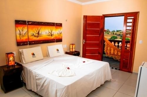 Suas férias na Praia da Caponga e com estilo! 2 diárias com café da manhã para até 2 pessoas e 1 criança por R$468 no Hotel Jangadas da Caponga