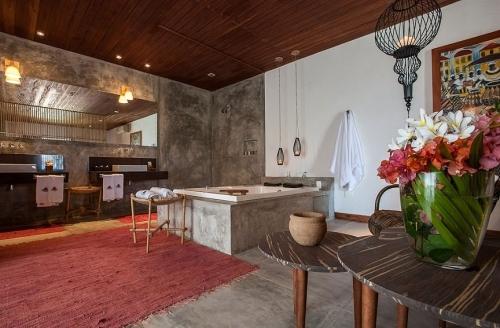 2 diárias com check-in de domingo a quarta na Suíte Comfort para casal com café + Bruschetta do Cheff (servido no jantar) de R$760 por R$699