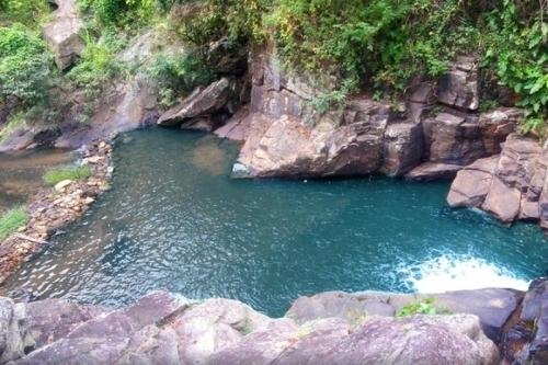 Você em Guaramiranga! 2 diárias para 2 pessoas e 1 criança + café da manhã por R$199,90 no Parque das Cachoeiras Hotel de Serra