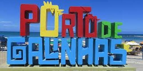Você em Porto de Galinhas! Transporte Ida e Volta para 2 pessoas e 1 criança + Hospedagem com café da manhã + Passeios na Praia do Carneiro ou Maragogi-AL por R$275