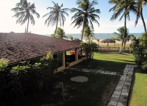 A beira Mar para você aproveitar as belezas de Flecheiras! 2 diárias com café da manhã para casal por apenas R$299 na Albatroz Pousada