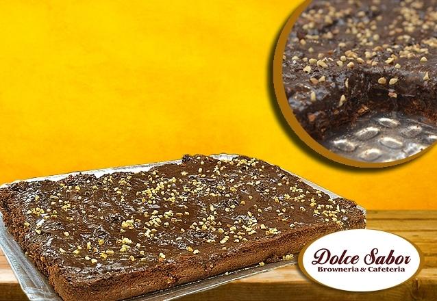 Tabuleiro de Brownie Tradicional ou Brigadeiro para até 30 pessoas