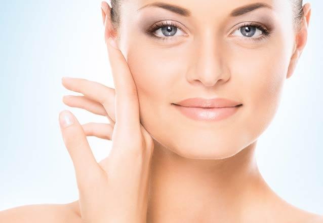 Limpeza de pele + Peeling de diamante + Revitalização com máscara