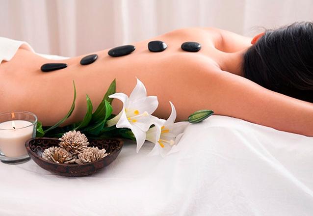 Massagem Relaxante com Pedras Quentes ou Velas + Endermoterapia