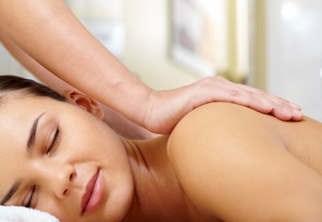 1 Massagem + Peeling facial + Radiofrequência